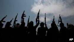 Hutiylar tarafidagi qabila vakillari. Yaman, 22-avgust, 2020.