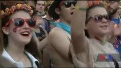 Час-Time: Чому представники ЛГБТ-спільноти знову і знову виходять на паради у США
