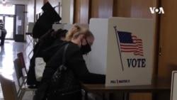美國大選最後衝刺 雙方陣營爭取基本盤以外的支持