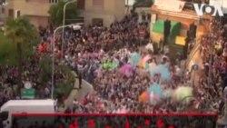 جشنواره شادی و رنگ در روستایی در ایتالیا