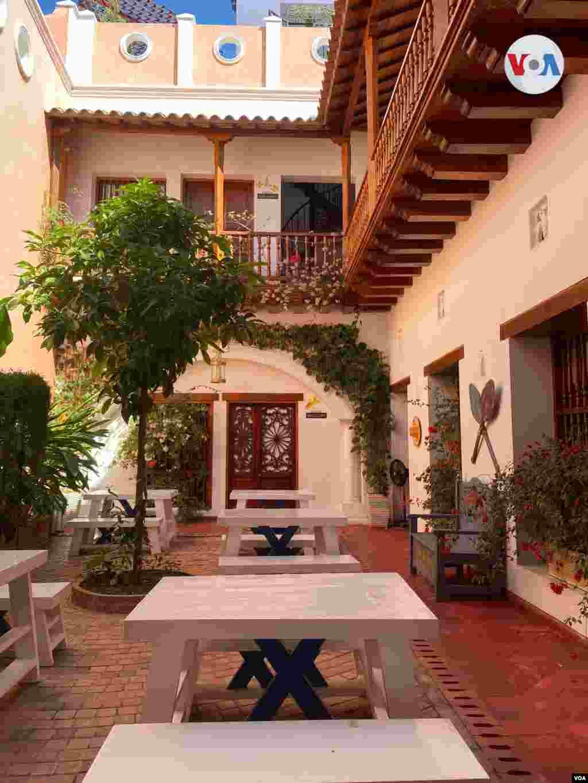 Hotel boutique La Casa de Remedios La Bella, donde cada habitación es nombrada con cada uno de los personajes femeninos de la obra de Gabriel García Márquez.