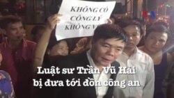 Luật sư Trần Vũ Hải bị đưa tới đồn công an
