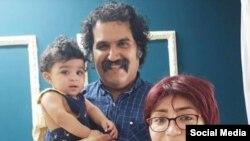 تصویری از سام خسروی و مریم فلاحی نوکیشان مسیحی به همراه فرزندخوانده خود لیدیا/ منبع: شبکه های اجتماعی