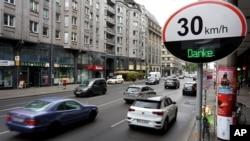 Limite de 30 KM/Hora em Berlim, Alemanha