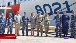 Tư lệnh Mỹ thăm tàu viện trợ cho Cảnh sát Biển Việt Nam tại Hawaii