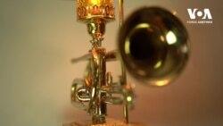 Унікальне хобі: оригінальне застосування духовим музичним інструментам. Відео