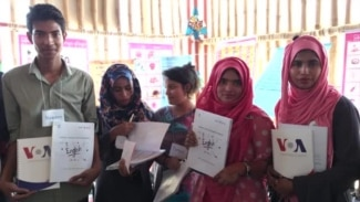 Learning English at the Kutupalong Refugee Camps