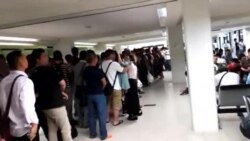 中国工人在塞班岛机场