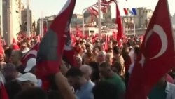 Taksim'de 'Cumhuriyet ve Demokrasi Mitingi'