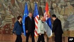 Ashton_Clinton in Belgrade