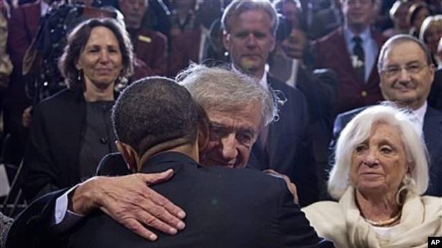 President Obama embraces Nobel Peace Prize laureate Elie Wiesel - Holocaust Memorial Museum, Washington, April 23, 2012.