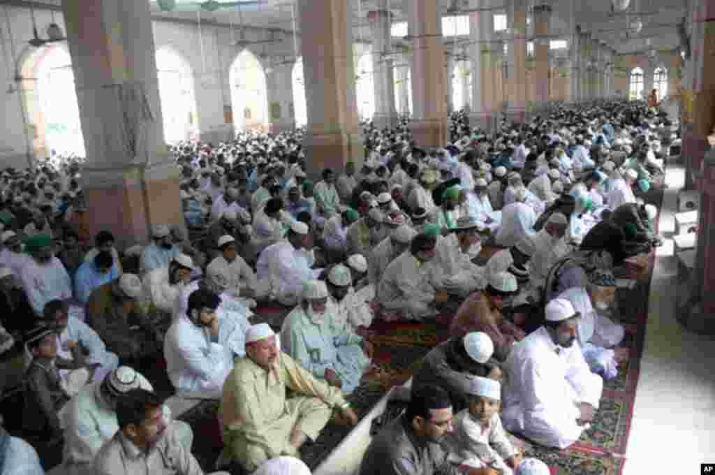 پاکستان میں عید کے اجتماعات
