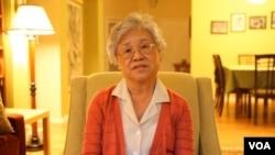 被監禁在北韓的美國傳教士裴俊浩的母親抵達平壤探望兒子。