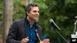 Mark Ruffalo di acara Solutions Project Garden Party, New York, Kamis, 18 Juni 2015.