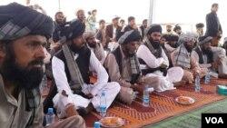 د یو این ایچ سي ار اداره وايي چې د وزیرستان نه افغانستان ته نږدې ۲۹۱۰۰۰ کسان اوښتي وو.
