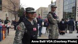 Lực lượng Vệ binh Quốc gia Hoa Kỳ tại thủ đô Washington D.C, ngày 21 tháng 01 năm 2017.