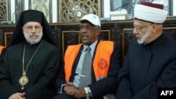 Các quan sát viên Liên đoàn Ả Rập họp với các nhà lãnh đạo tôn giáo ở Damascus hôm 17/1/12