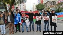 Türkiyənin Mersin şəhətində aksiya (Foto Güray Sarının Facebook səhifəsindən götürülüb)