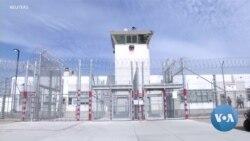 VOA英语视频: 释放囚犯防止疫病传播 联邦地方主管面临两难