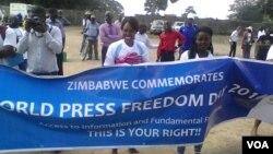 Journalists marking press freedom in Zimbabwe. (Photo: Irwin Chifera)