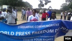 Journalists marking press freedom in Zimbabwe. (Photo: Irwin Chifera)