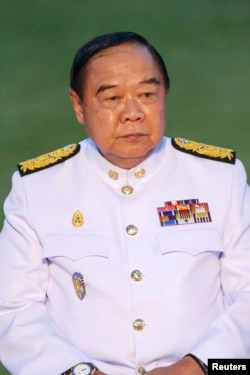 Phó Thủ tướng Thái Lan Prawit Wongsuwan bênh vực cho các thẩm quyền đặc biệt của quân đội.