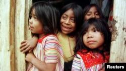 El número de niños que tratan de cruzar la frontera entre EE.UU. y México sin compañía aumentó un 90% respecto al año pasado.
