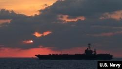 美軍斯坦尼斯號航母2019年2月25日在南中國海展開行動(美國海軍照片)