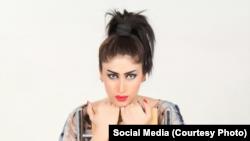 سوشل میڈیا پر شہرت پانے والی قندیل بلوچ کو 16 جولائی 2016 کو ملتان کے علاقے مظفر آباد میں قتل کر دیا گیا تھا۔