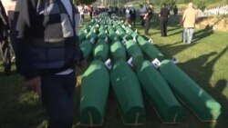 Zvaničnici dolaze na dženazu u Srebrenicu