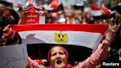 Egypt on Edge After Morsi Rebuffs Army Ultimatum