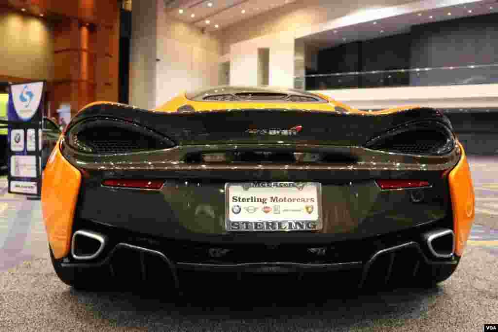 نمایشگاه اتومبیل واشنگتن مک لارن Model: 650S Spider