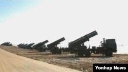 북한 매체가 공개한 방사포 훈련 장면. (자료사진)