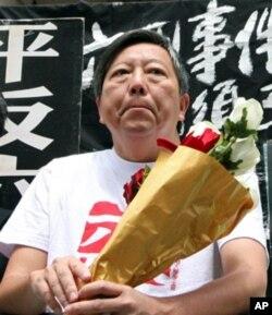 支联会主席李卓人对建制派没有期待
