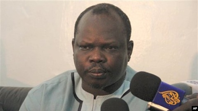 Southern ruling party's secretary general, Pagan Amum, briefs reporters in the southern Sudanese capital Juba (File Photo).