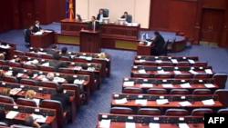 Parlamenti i Maqedonisë zgjedh tre nënkryetarët e rinj