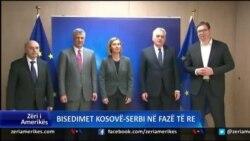 Analistët: Fazë e re në bisedimet Kosovë-Serbi