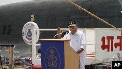 印度國防部長庫里安‧安東尼 (資料照片)