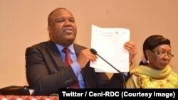 Corneille Nangaa, le président de la Commission électorale nationale indépendante (Céni) à la clôture de dépôt des candidatures à la présidentielle et aux législatives nationales, Kinshasa, RDC, le 4 août 2018. (Twitter/Ceni-RDC)