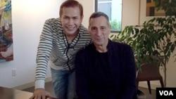 Benny Simanjuntak dan Richard Rudolph, produser ternama dan ayah aktris Maya Rudolph.