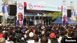 Des partisans du Parti démocratique du peuple (PDP) à un rassemblement à Lafia, au Nigeria, le 10 janvier 2019.