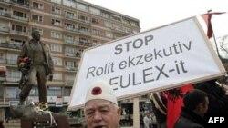Protest u Prištini zbog hapšenja bivših pripadnika OVK