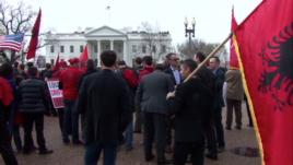 Uashington, protestë për të drejtat e shqiptarëve në Mal të Zi