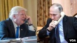도널드 트럼프(왼쪽) 미국 대통령과 블라디미르 푸틴 러시아 대통령.