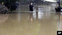 Poplavljene ulice u gradu Pelam u Alabami. (Foto: AP /Jay Reeves)