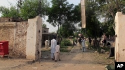 Lối vào nhà tù tại Dera Ismail Khan, Pakistan.