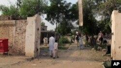 په جیل حمله کې د طالبانو د زندان نه ٢٥٠ کسان ازاد کړې وو چې پکې د طالبانو ملگري هم وو