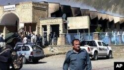 아프가니스탄 동부 판즈시르에서 29일 경찰복장의 무장 괴한들이 정부 건물을 공격했다.