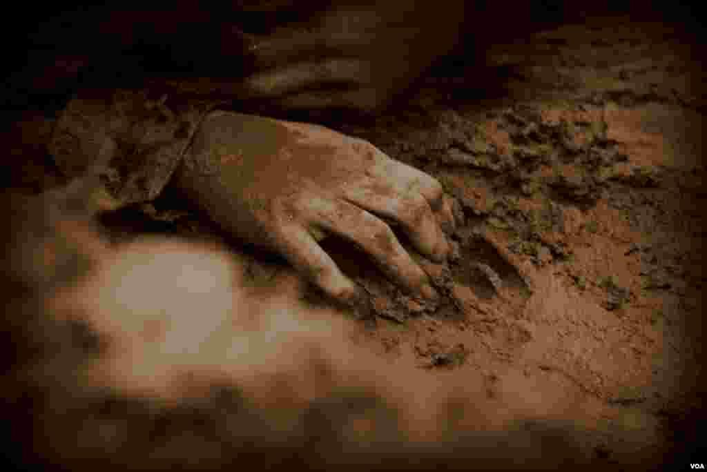 «Вцепиться» в землю под пулями