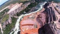 Barragem de Laúca vai produzir electricidade em 2017 - 1:14